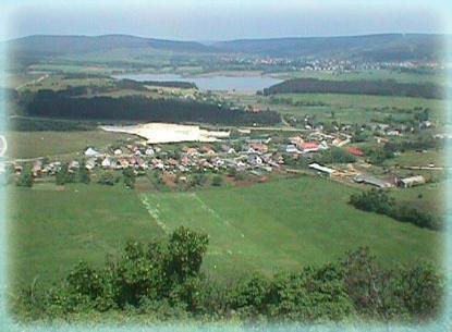 Hegyesd település látképe